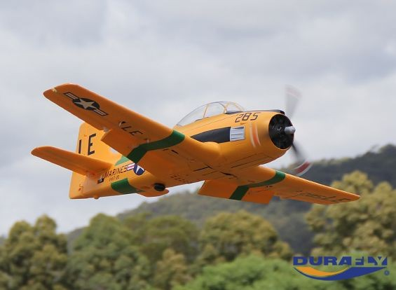 Durafly™ T-28 Trojan 1100mm V2 (PNF) - Flying underside