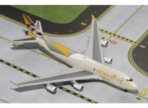 Gemini Jets Etihad Airways Cargo Boeing 747-400F (New Livery) N476MC 1:400 Diecast Model GJETD1477