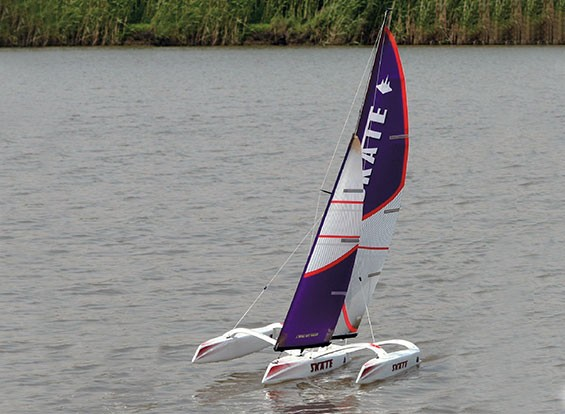 Skate 1000 Trimaran Sailboat 1700mm (RTS - Ready to Sail)