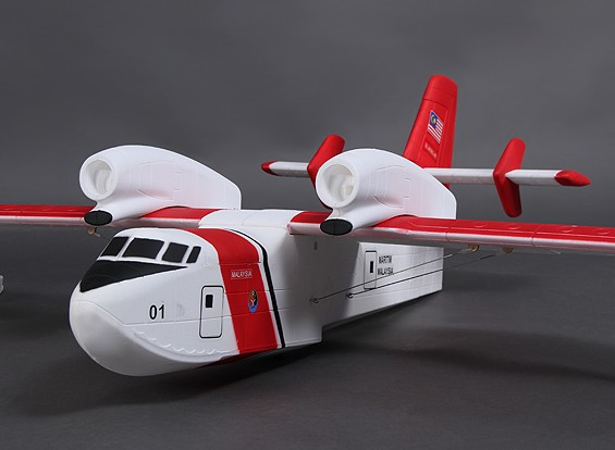 CL-415 Canadair 1390mm (Red/White)  (ARF)