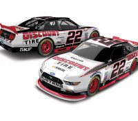 Lionel Racing Ryan Blaney 2017 Discount Tire 1:64 ARC Diecast Car