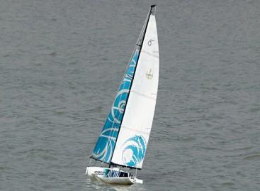 Poseidon 650 Sailboat 1370mm (ARR)