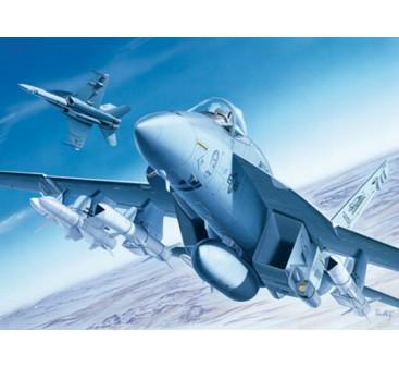 Italeri 1/72 Scale F/A-18E Super Hornet Plastic Model Kit