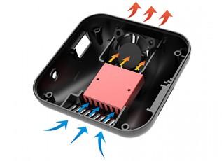 iSDT Q6 Plus Smart Charger (300W/14A) (Black) - air flow
