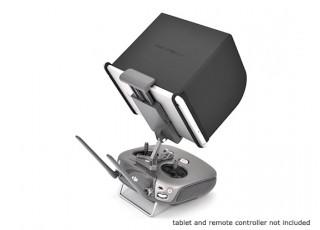 dji-mavic-drone-L168-monitor-hood-lifestyle
