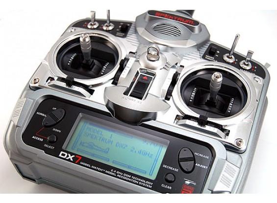 Spektrum DX7 w / 6100 / TX-Batt / 3x285Srv (Mode 1)