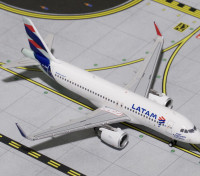 Geminijets Latam Airlines Airbus A320-200 NEO (New Livery) PT-TMN 1:400 Diecast Model GJLAN1611