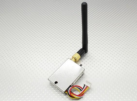 2.4GHz的4通道影音传输500mW的FPV