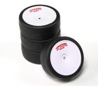 乘车前胶合1/10房车轮胎 - 革命高抓地轮胎束带Re28瓦特/泡沫插件(4块)