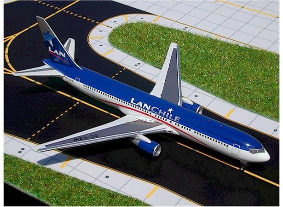 Gemini Jets Lan Chile Boeing 767-300 CC-CZW 1:400 Diecast Model GJLAN228