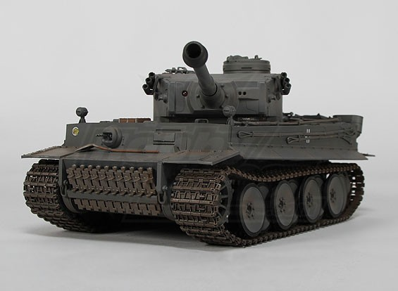 Tiger I Early production InfraRed Battle Tank - 1 / 24e