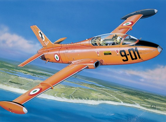 Italeri 1/72 Échelle Kit MB 326 Plastic Model