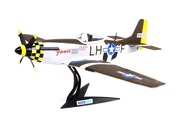 "North American P-51D Mustang ""Janie"" 680mm 4 canaux Échelle Fighter"