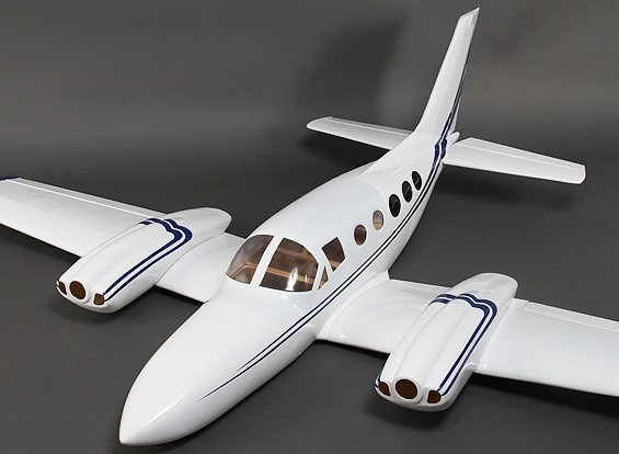 421 Composite-Twin Light Aircraft 1800mm w / Flaps (Glow - ARF)