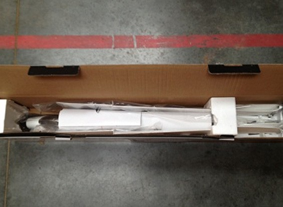 SCRATCH / DENT Durafly Dynamic Performance V-Leitwerk Glider 1560mm EPO (PNF) (UK Warehouse)