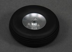 Turnigy 68mm Alufelge / Gummireifen