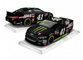 Lionel Racing Kurt Busch Monster HAAS 2017 Ford Fusion 1:24 ARC Diecast Car