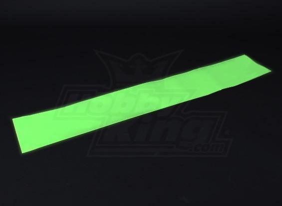 Luminiscente (brillan en la oscuridad) auto-adhesivo de la película (verde) - 1200 mm x 200 mm