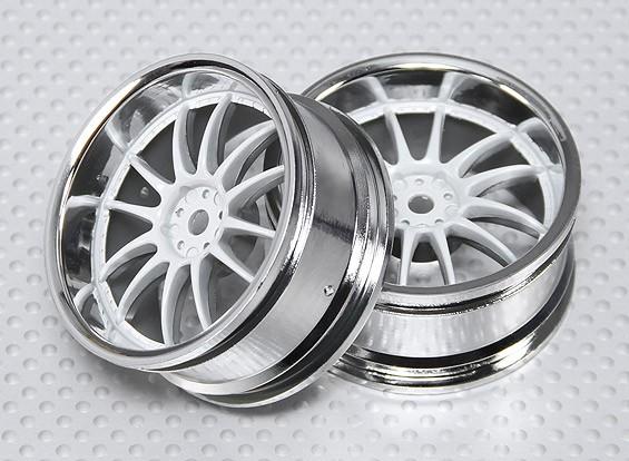 Escala 1:10 Juego de ruedas (2pcs) Blanco / Cromo de Split y 6 Rayos 26mm RC Car (3 mm offset)