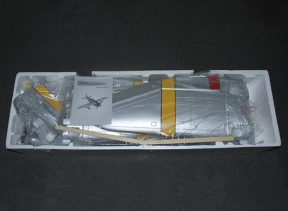 Hun Hunter XVI con solapas, se retrae eléctricos y luces, 1600mm (PNF) SCRATCH DENT 47-P