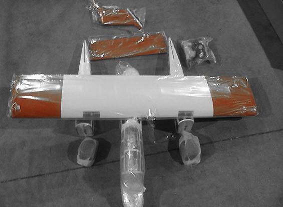 SCRATCH / DENT OV-10 Fuego (Almacén AUS)