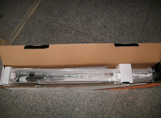 SCRATCH / DENT - Rendimiento Durafly dinámico S-V-Tail Planeador 1560mm EPO (PNF)