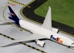Gemini Jets Federal Express 'Fedex'  Boeing 777-200LR N884FD 1:200 Diecast Model G2FDX535