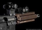 Madbull la defensa de Daniel 7 pulgadas AR-15 Lite Rail (tierra oscura)