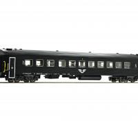 Roco/Fleischmann HO Scale 2nd Class Passenger Carriage SJ