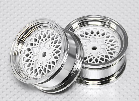 Scala 1:10 Wheel Set (2 pezzi) Cromo / Bianco 'Hot Wire' RC 26 millimetri auto (No offset)