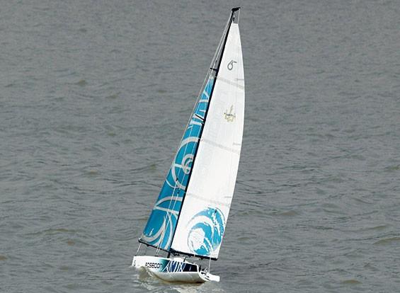 Poseidon 650 barche a vela 1370 millimetri (RTS - pronto alla navigazione)