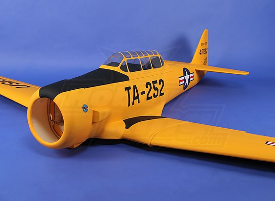 North American AT-6 Texan 2.135 millimetri composito (ARF)