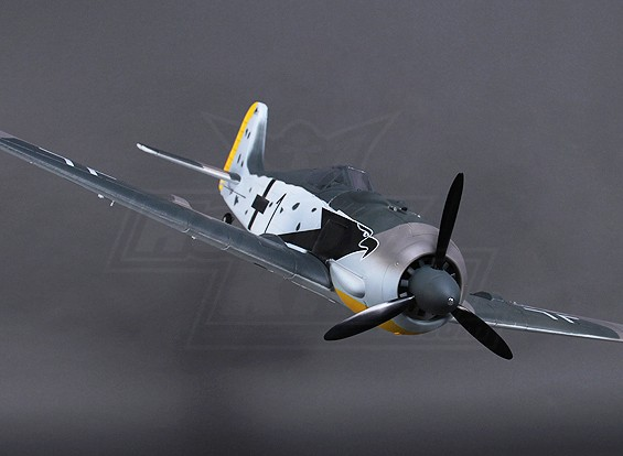 H-re FW190 w / luci Flaps Retracts Albero a Porte 1.200 millimetri (PNF)