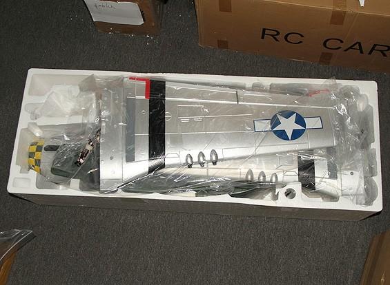 SCRATCH / DENT P-51D Gunfighter 1600 millimetri EPO w / Retracts elettrici