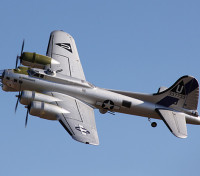 B-17 Flying Fortress V2 PNP (apertura alare 1875 millimetri) non includono set elica