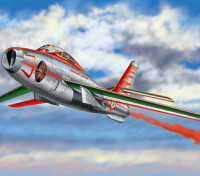 "Italeri 1/48 Scala F-84F Thunderstreak Kit Plastic Modello ""Diavoli Rossi"""
