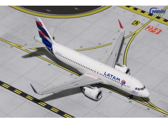 Geminijets Latam Airlines Airbus A320-200 NEO (New Livery) PT-TMN 1:400 Diecast Model GJLAN1611