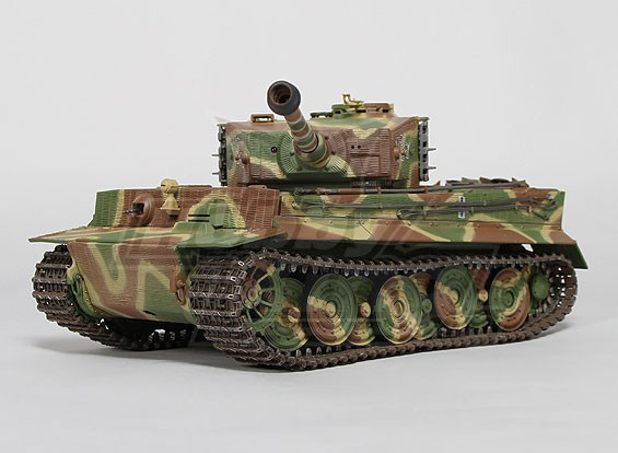 Tiger I Поздний Производство InfraRed боевой танк - 1/24-е Шкала