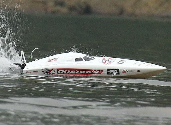 Quanum Aquaholic Бесщеточный Глубокий V гонки лодок 740mm (ARR)