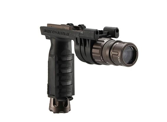 Ночь Эволюция M900V Вертикальный цевье Weaponlight (черный)