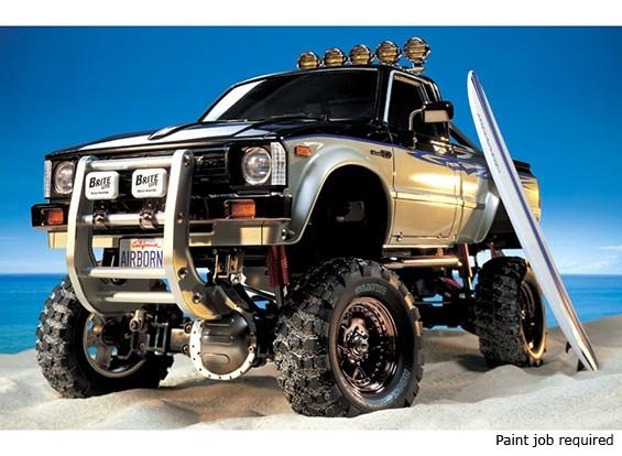 Tamiya 1/10 Масштаб Toyota Hilux High-Lift Truck Kit ж / 3-Speed & SURFBOARD 58397