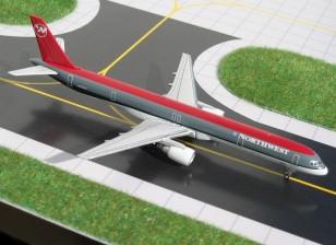 Gemini Jets Northwest Airlines Boeing 757-300 N583NW 1:400 Diecast Model GJNWA365