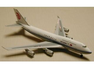 Gemini Jets Air China Boeing 747-400 B-2447 1:400 Diecast Model GJCCA005