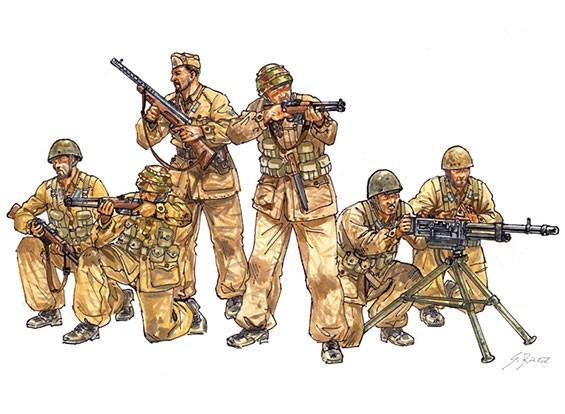 Italeri 1/35 Scale Italian Paratroopers Combat Group Plastic Model Kit