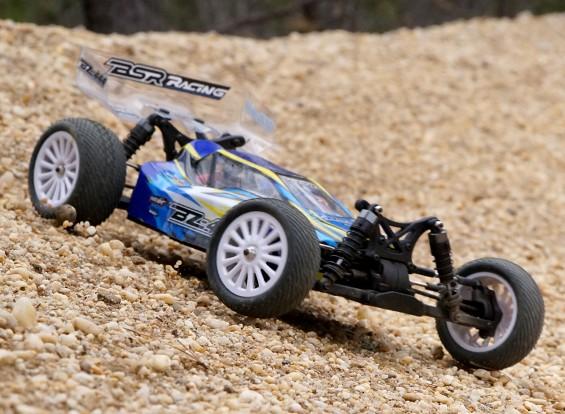 BSRレーシングBZ-444 1/10 4WDレーシングバギー(RTR)