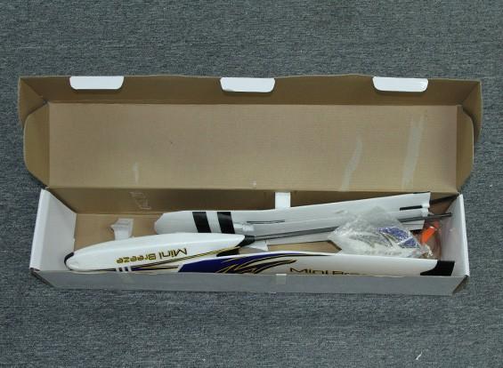 SCRATCH / DENT  -  HobbyKingミニブリーズグライダーEPO 900ミリメートルワット/モーター(ARF)