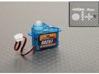 2.5グラム/ 0.17キロ/ .12secマイクロサーボをHobbyKing