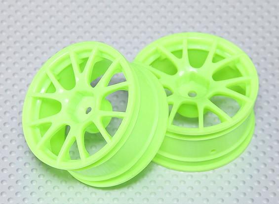 Escala 1:10 conjunto de rodas (2pcs) Fluorescente Verde Dividir 6 raios RC 26 milímetros Car (3mm Offset)