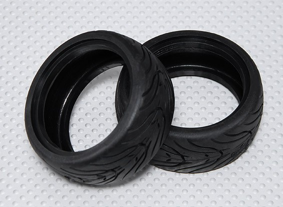 Escala 1:10 os pneus de borracha Touring Car w / Tread 26 milímetros - Composto Médio (2pcs)