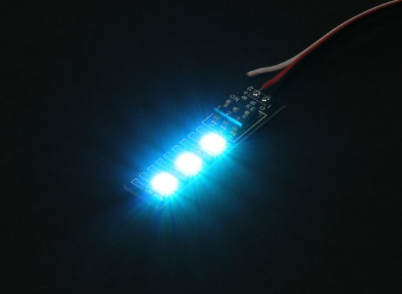 3 RGB LED 7 Color Board 5V com Futaba Estilo plug
